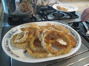 Fried onion rings on a plate