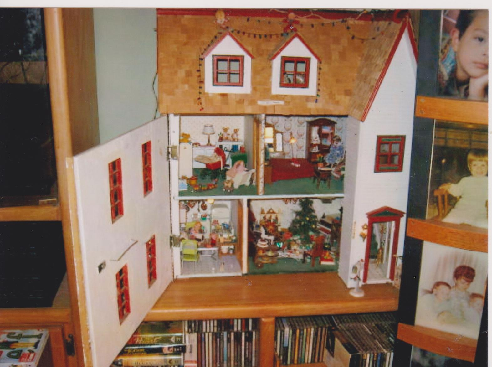 originally - Dollhouse Christmas Decorations